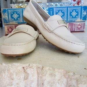 Coach Fredrica Pebble Leather Loafers size 8
